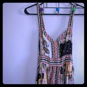 Matlida Jane printed maxi dress women's size small